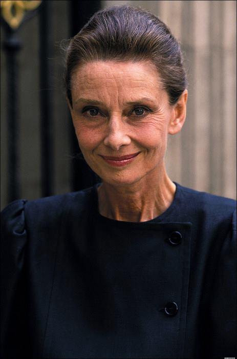 Audrey Hepburn & Visoanska