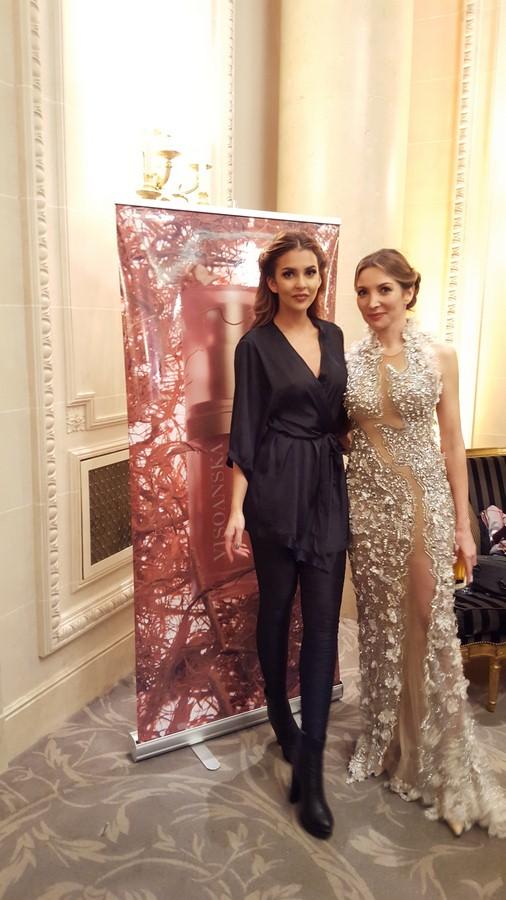 Elisabeth Visoanska et Miss Flinlande Sara Chafak