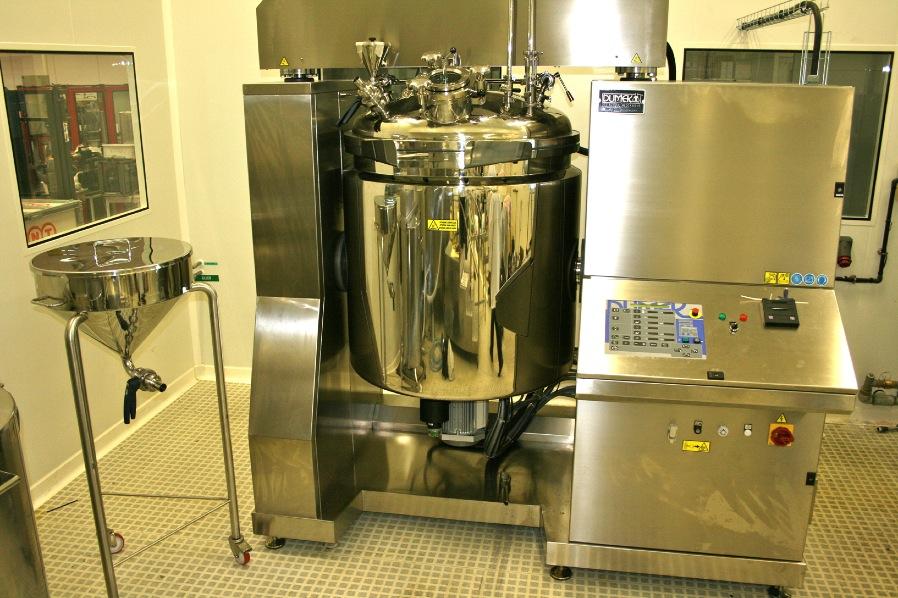 Emulseur utilisé lors du processus de fabrication des soins VISOANSKA